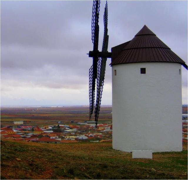 Uno de los siete molinos de viento de Mota del Cuervo